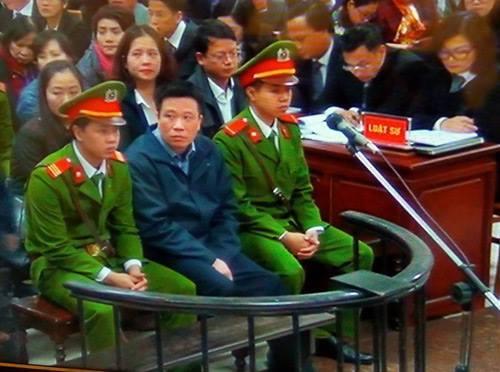 Hà Văn Thắm tại tòa. (ảnh: HC)