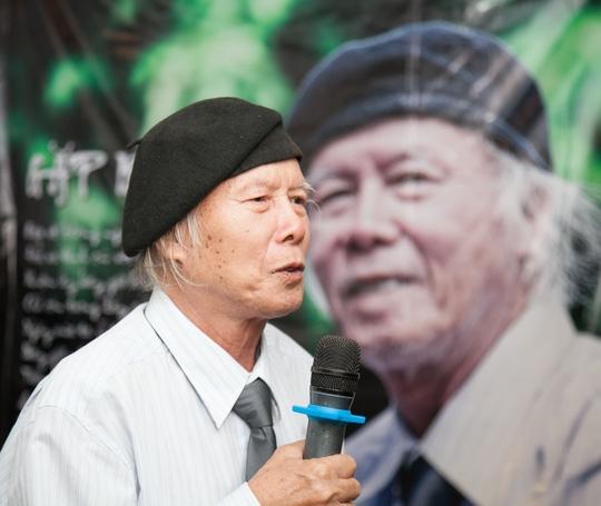 Nhà thơ Thanh Tùng