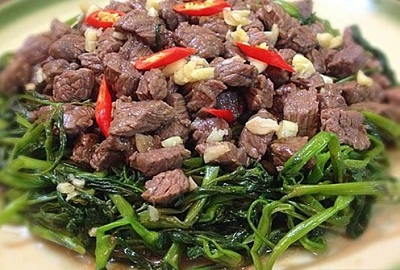 Thịt trâu là loại thực phẩm ngon, chứa nhiều chất dinh dưỡng cho cơ thể. Tuy nhiên không phải ai cũng ăn được thịt trâu, vì vậy, mọi người nên chú ý khi lựa chọn món ăn này.