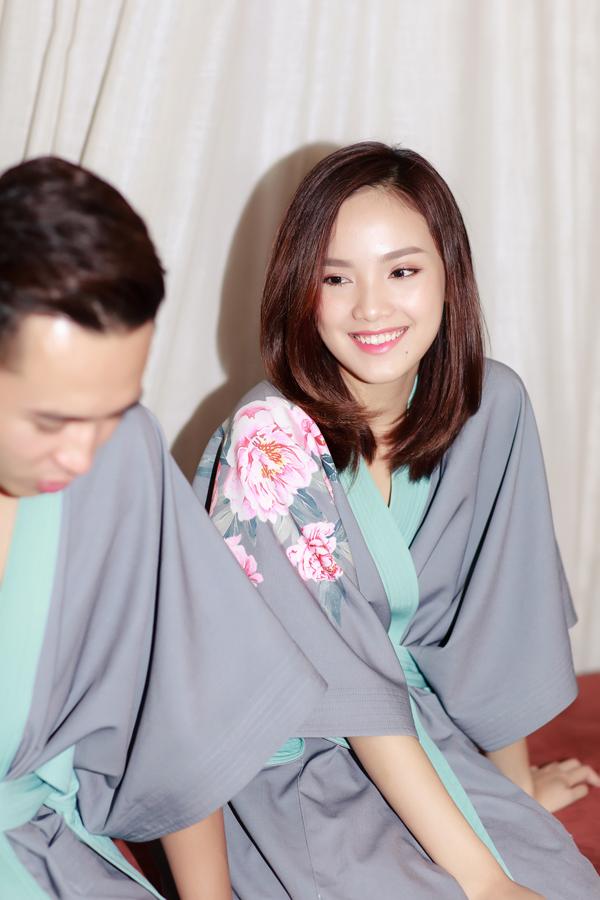 Top 10 Hoa hậu Việt Nam 2016 cũng tâm sự, khi mới quen và yêu nhau, cô và ông xã Trung Hiếu đều rất nghiêm túc trong mối quan hệ. Hơn một năm gắn bó mặn nồng, cả hai cảm thấy tình yêu đã đủ chín, không quá sâu nhưng cũng không quá nông cạn. Hơn nữa, gia đình hai bên đều ủng hộ Tố Như và Trung Hiếu lập gia đình sớm để cùng nhau xây dựng tổ ấm riêng.