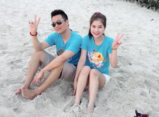 Trước khi đăng ký kết hôn, Việt Anh và bạn gái đã có ba năm chung sống. Nam diễn viên ủng hộ việc sống thử bởi cho rằng khi đang yêu, không ai có thể lường trước được toàn cảnh bức tranh hôn nhân.