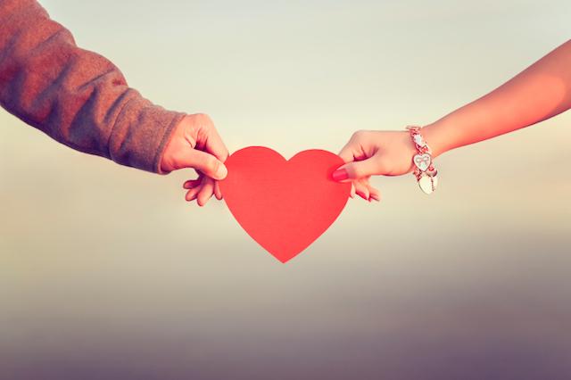 Với một số người, Valentine không hoàn toàn là ngày hạnh phúc. Ảnh minh họa
