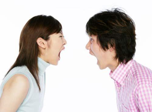 """Đã là vợ chồng, đừng hơi một tí bất hòa đã buông hai từ """"ly dị"""" ra. Trong khi thực tế bản thân bạn không muốn điều đó. Ảnh minh họa"""