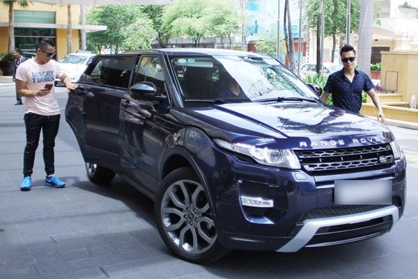 Số tài sản của Việt Anh không chỉ có siêu xe hơn chục tỉ, trước đó ảnh còn sở hữu một chiếc xe sang giá cũng gần 5 tỉ.