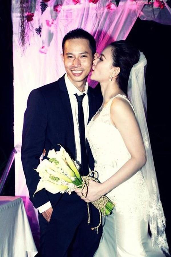 Thu Thủy và Lucas trong lễ cưới vào năm 2014.