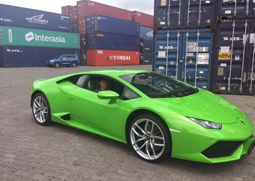 Với sự góp mặt của Huracan thì bộ sưu tập siêu xe của Phan Thành đã gần chạm mốc 100 tỷ đồng.