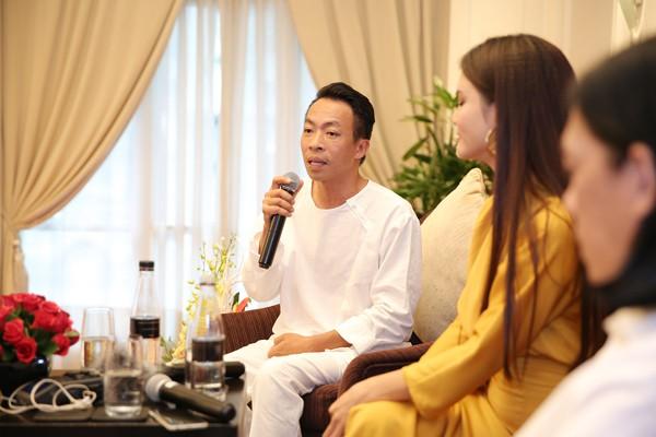 Ca sĩ Việt Hoàn là người bạn thân thiết của Phạm Phương Thảo.