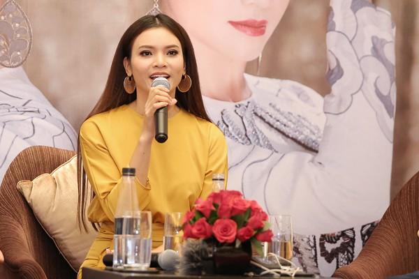 Ca sĩ Phạm Phương Thảo liều khi tổ chức liveshow kỉ niệm 20 năm ca hát.