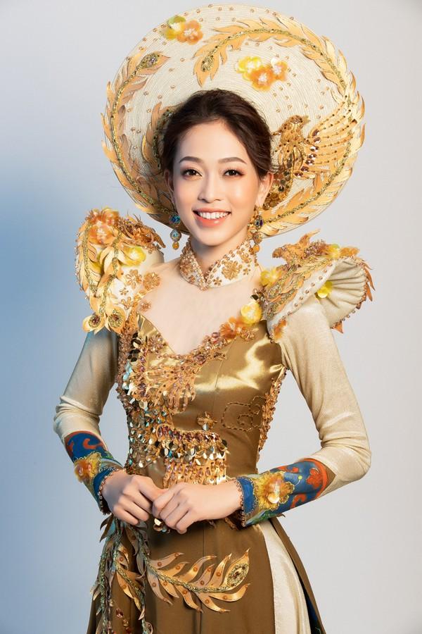 Trang phục dân tộc mà Á hậu Phương Nga hé lộ sẽ thi tại Miss Grand 2018.