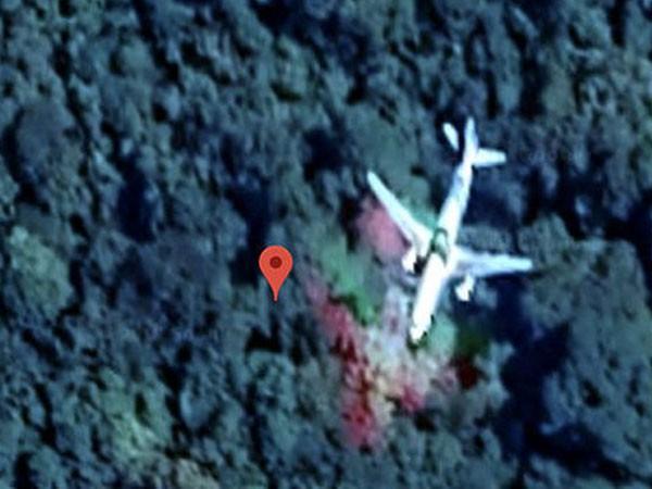 Hình ảnh Google Maps được cho là MH370 rơi trong rừng rậm Malaysia.