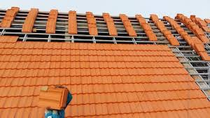 Nhà lợp mái ngói luôn đem lại cảm giác mát mẻ trong những ngày hè oi nóng.