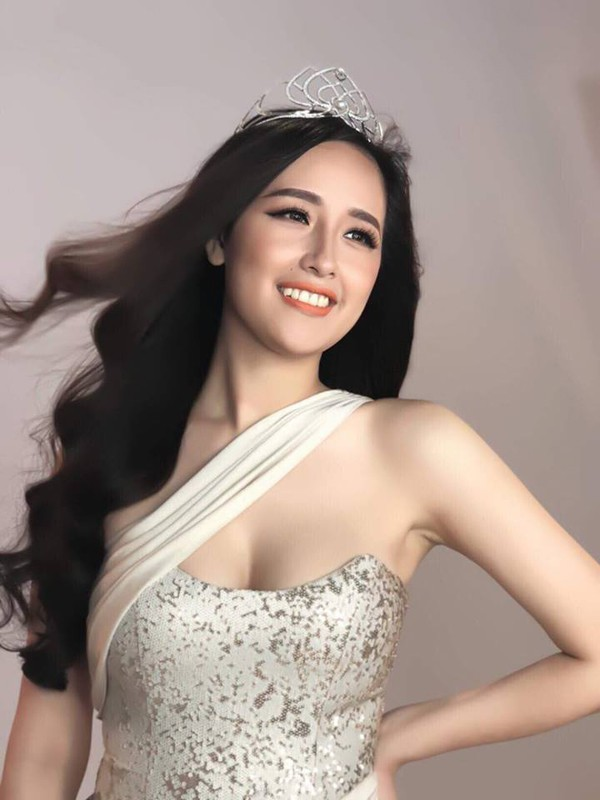 mai-phuong-thuy-1-1539783364439657547333.jpg