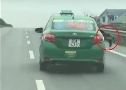 tai-xe-taxi-mai-linh-o-soc-son-1539765748996180144882.jpg