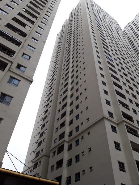 Tòa nhà HH2A - nơi xảy ra sự việc nữ sinh ném con từ tầng 31 xuống.