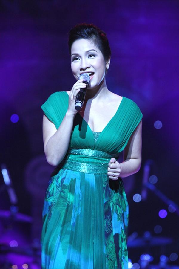 Mỹ Linh được xem là ca sĩ thường xuyên bị quên lời khi trình diễn trên sân khấu.
