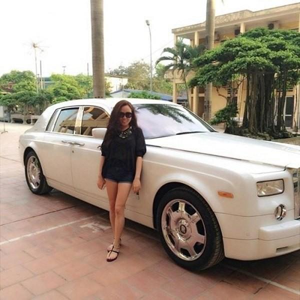 ...như Roll Royce, Lexus, Bentley...