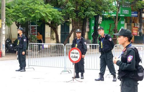 Công an Hà Nội sẽ cấm nhiều tuyến phố để phục vụ lễ quốc tang nguyên Tổng bí thư Đỗ Mười trong hai ngày 6-7/10. Ảnh. Bá Đô