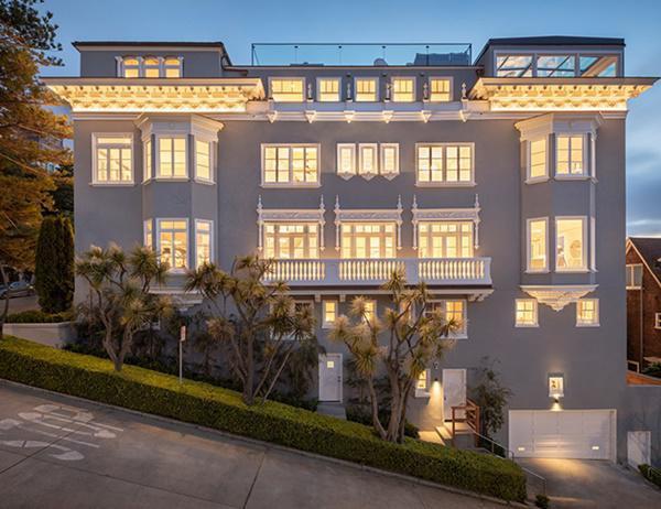 Ngôi nhà đã trải qua quá trình cải tạo đáng kể như thiết kế lại cầu thang, gia cố một số chất liệu để tránh động đất như nền đá bên dưới mỗi tầng đều được kết nối bằng cốt thép chắc chắn