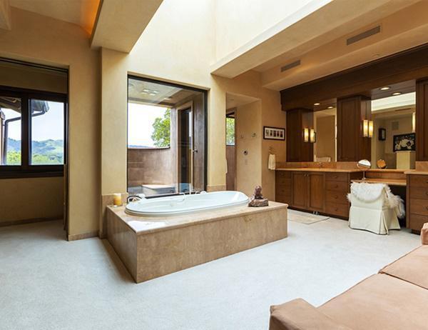 Phòng tắm rộng như một căn nhà chung cư