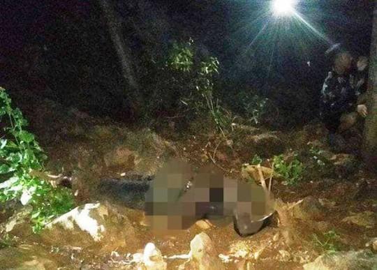Hiện trường phát hiện thi thể người đàn ông mất đầu đang bị phân hủy mạnh