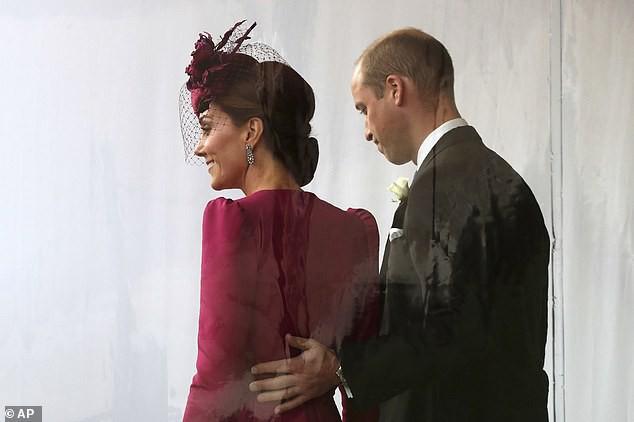 Cặp đôi trong đám cưới của công chúa Eugenie.