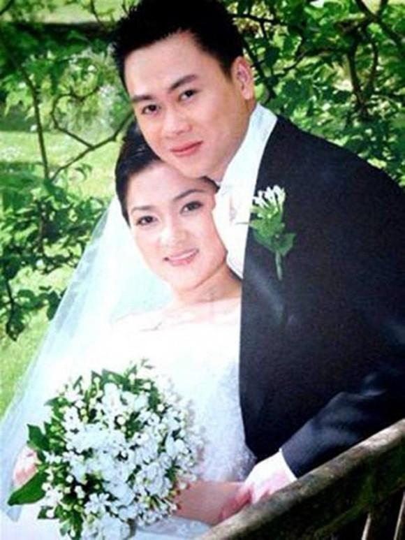 Hình ảnh hiếm hoi của Nguyễn Thị Huyền và chồng cũ