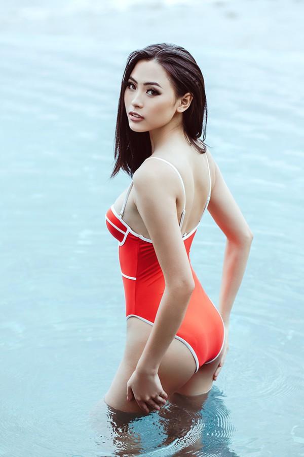 Đào Hà từng đoạt danh hiệu Người đẹp Biển trong Hoa hậu Việt Nam 2016 nhờ thân hình đẹp không tì vết.