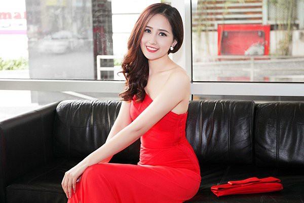 Mai Phương Thúy đăng quang Hoa hậu Việt Nam 2006. Người đẹp sau đó Nam tiến để có cơ hội hoạt động showbiz hơn. Ngoài làm đại sứ nhiều thương hiệu, cô còn kinh doanh nhiều nhà hàng.