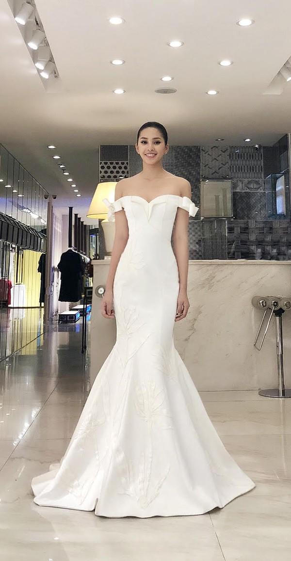 Hoa hậu Tiểu Vy tự tin khoe sắc tại đấu trường Miss World 2018.