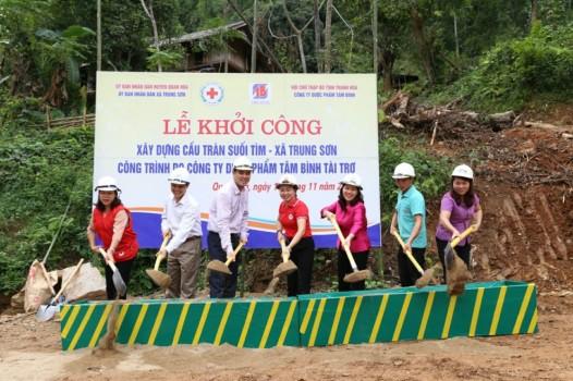 Lễ khởi công xây dựng cầu Tràn suối Tìm - xã Trung Sơn