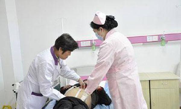 Bác sĩ cho biết dù cho con bú mẹ vẫn có thể dính bầu.