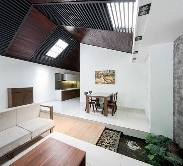 Ngôi nhà đẹp 1 tầng này có phần khung mái bằng kết cấu thép.