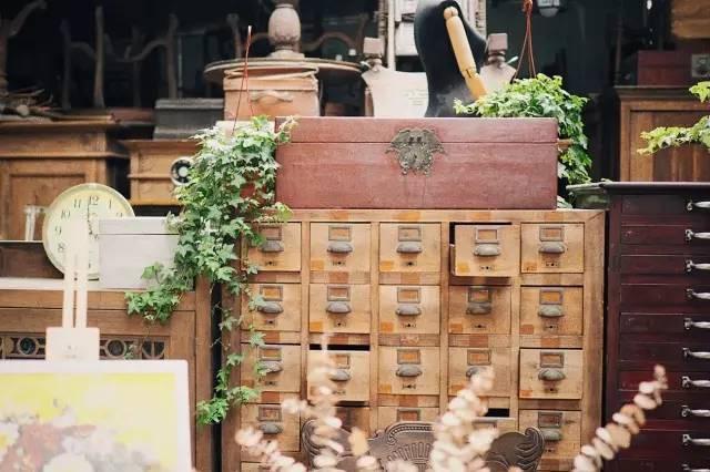 Chiếc tủ từ thời nhà Thanh.