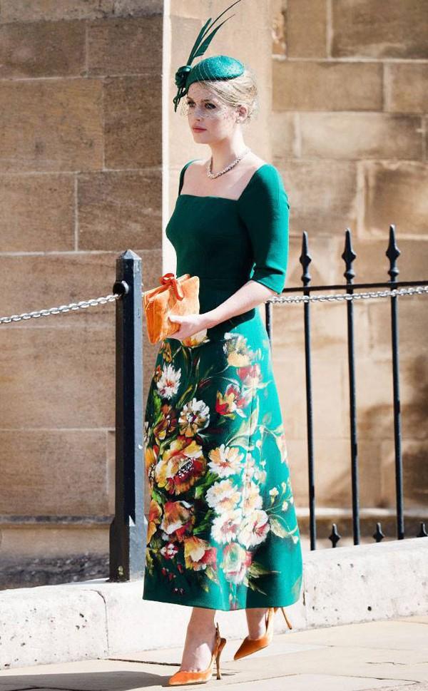 Kitty nổi bật trong dàn khách mời trong đám cưới Hoàng tử Harry hồi tháng 5.