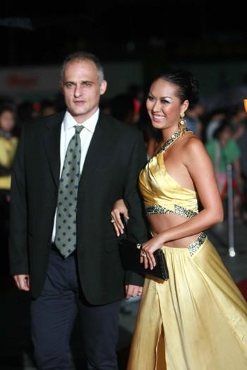 Thời điểm đó, Phi Thanh Vân thường xuyên được Thierry Blanc hộ tống tại các sự kiện