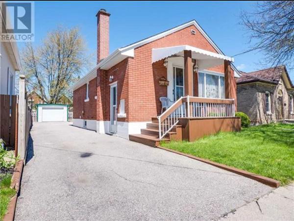 Căn nhà đang được rao bán với giá 239.900 USD (~5,6 tỷ đồng).