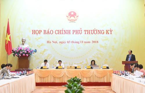 Lãnh đạo UBND TP Hà Nội vắng mặt trong cuộc họp báo Chính phủ thường kỳ tháng 10 khiến nhiều câu hỏi của báo giới không được phúc đáp.