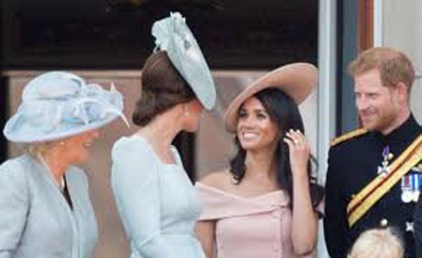 Tình cảm thắm thiết của 2 nàng dâu hoàng gia Anh khiến nhiều người yêu mến.