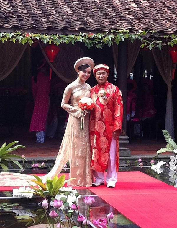 Đám cưới của Dương Trương Thiên Lý và doanh nhân Nguyễn Quốc Toàn từng có sự tham gia của nhiều doanh nhân khét tiếng.