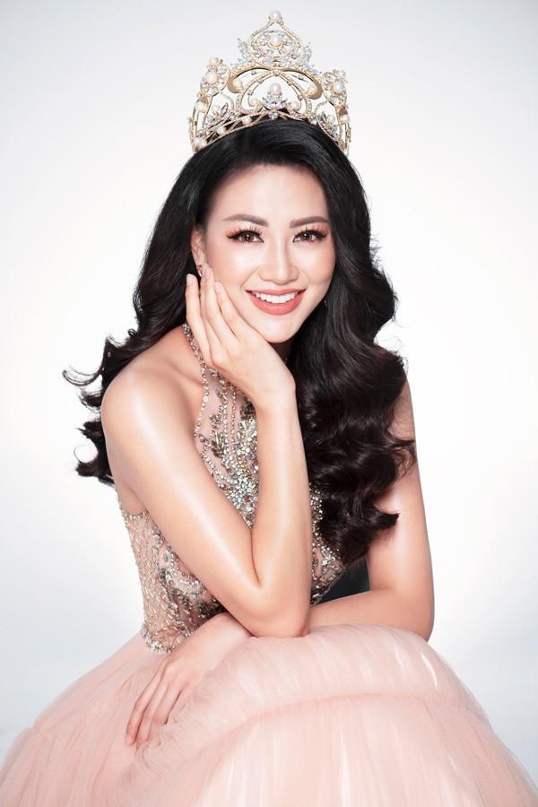 Hoa hậu Trái đất Nguyễn Phương Khánh