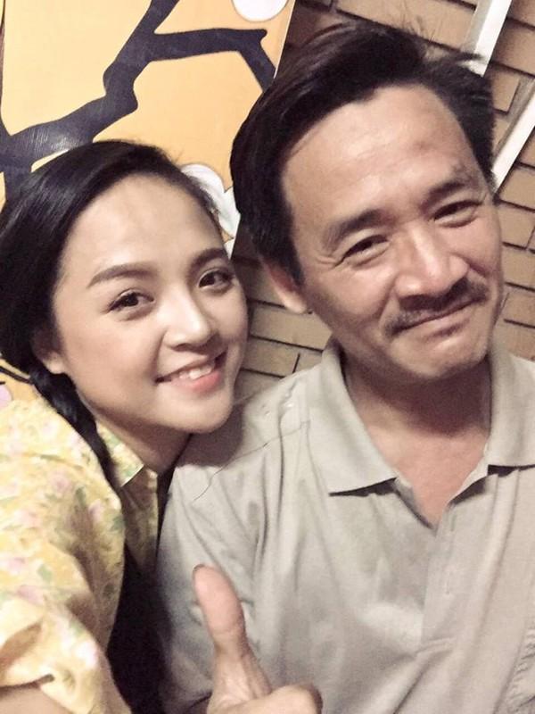 Ngoài tích cực với nhiều bộ phim truyền hình có sức hút, Thu Quỳnh còn tích cực với các vở diễn tại Nhà hát Tuổi trẻ.