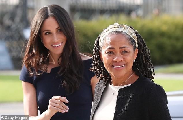Bà Doria cũng là thành viên duy nhất trong gia đình của công tước Meghan tham dự đám cưới Hoàng Gia tại cung điện Windsor vào tháng 5.