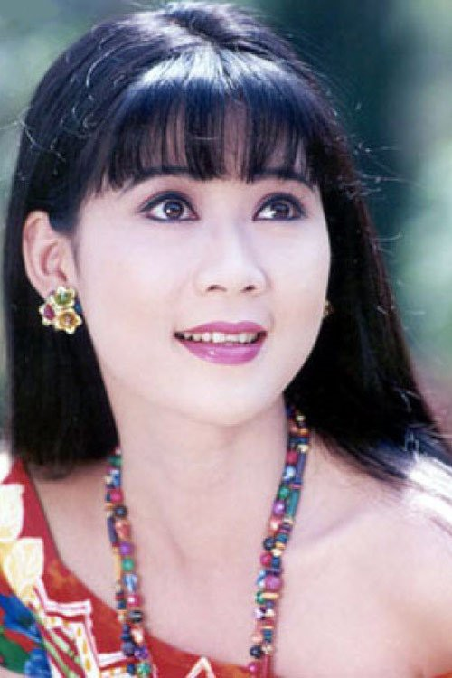 Diễm Hương là người khá kỹ tính trong số những ngôi sao nổi tiếng của dòng phim mỳ ăn liền. Trong suốt những năm đứng trên đỉnh vinh quang của sự nghiệp, dù được rất nhiều chàng trai vây quanh nhưng cô vẫn không xiêu lòng trước bất cứ ai. Tới giữa thập niên 1990, cô lại trở thành chủ đề bàn tán của không ít người khi vướng phải cuộc tình với tên lừa đảo - gã Việt kiều Juan Minh. Sự cố này đã là vết thương lớn trong cuộc đời Diễm Hương.