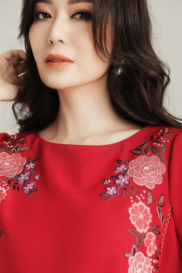 Một số hình ảnh kỉ niệm bước sang tuổi 43 của Hoa hậu Thu Thủy.