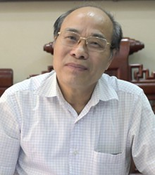 Ông Nguyễn Trí Dũng, nguyên Phó phòng Giáo dục tiểu học Hà Nội, hiện đã nghỉ hưu. Ảnh: Tất Đinh