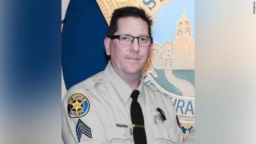 Cảnh sát Ron Helus, người thiệt mạng trong vụ xả súng. Ảnh: CBC.