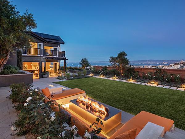 Ngôi nhà được rao bán với số tiền khổng lồ là 45 triệu USD (~1.050 tỷ đồng)