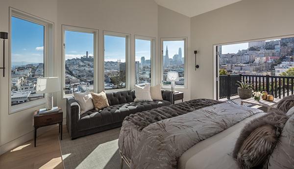 Phòng ngủ cao cấp với đồ nội thất sang trọng
