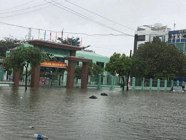 Đà Nẵng và Quảng Ngãi đã phải cho toàn bộ học sinh nghỉ học