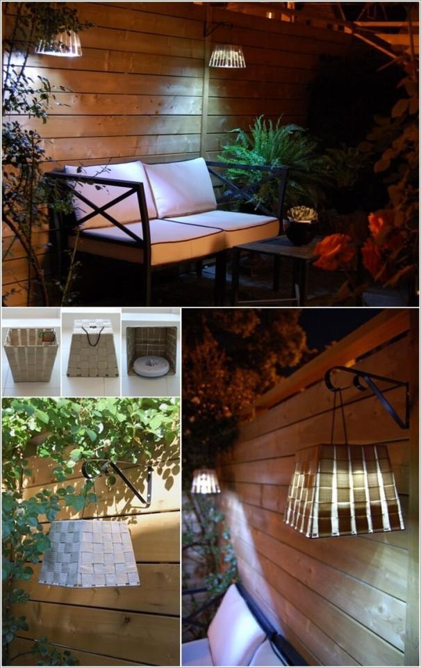 10. Tự thiết kế chụp đèn bằng cách dùng giấy và kéo dán đã giúp cho góc sân vườn trở nên thân thiện.
